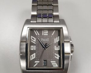"Piaget ""Upstream"" automatic with date in Stainless Steel GOA26005"