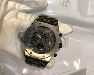 Audemars-Piguet-Royal-Oak-Offshore-26170TI.OO.1000TI.01