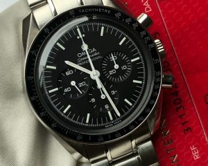 Omega Speedmaster Steel Ref: 31130423001005 with Big Box and Tools set