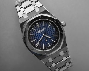 "ROYAL OAK ""JUMBO"" EXTRA-THIN Platinum/Titanium 15202IP.OO.1240IP.01"