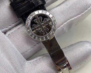 Philippe Annual Calendar Chronograph - 5961P-001 Platinum Diamond