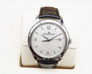 Jaeger-LeCoultre  Master Control Date Q1548420 Steel 39mm Silver Dial
