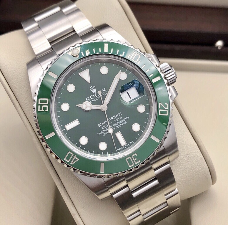 Submariner Date Green Dial Automatic 116610LV