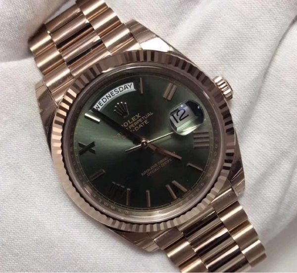Rolex Oyster Perpetual Day-Date President 18K Everose Gold 228235 Green Dial