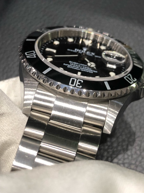 Rolex Submariner Date Automatic 16610 M Series