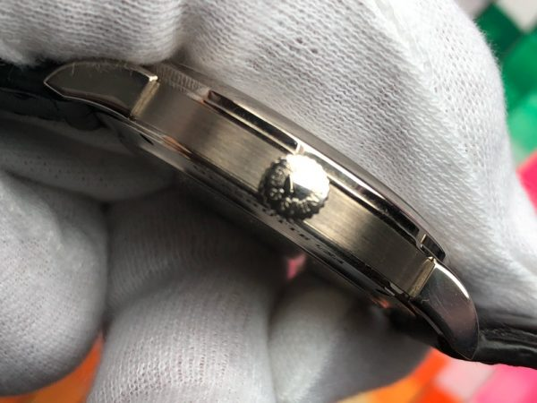 A Lange & Sohne 1815 White Gold 235.026 38.5mm