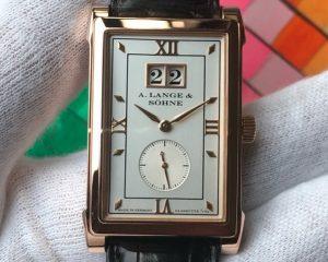 A Lange & SohneCabaret Big Date 18K Rose Gold 107.032