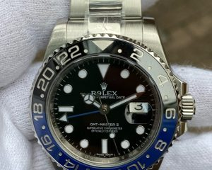 Rolex GMT-Master II Batman Oyster 116710BLNR 40mm