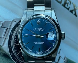 Rolex Oyster Perpetual Datejust 16220 Blue Dial 36mm
