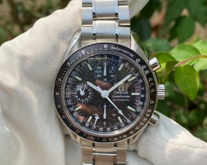 Omega Speedmaster Day-Date 40mm Chronograph Steel 35205000