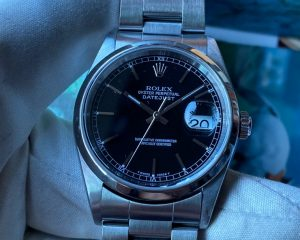 Rolex Oyster Perpetual Datejust 16200 Black Dial 36mm A serial Box & Papers
