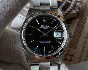 Rolex Oyster Perpetual Date 15200 Black Dial U Series Box & Papers