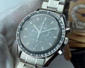 Omega Speedmaster Chronograph Racing Chronometer Carbon Black Dial 3552.59.00